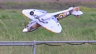 getlinkyoutube.com-RC Spitfire crash at SCCMAS
