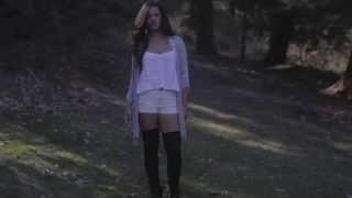 Mina Tobias - Holding Back