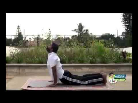 Yoga: Surya Namaskar Asana in 12 Steps - Malayalam