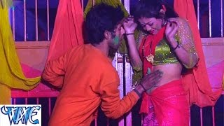 getlinkyoutube.com-Ae Sakhi Holiya Me देवरा गिल करता - Masaledar Holi - Gunjan Singh - Bhojpuri Hot Holi Songs 2015 HD
