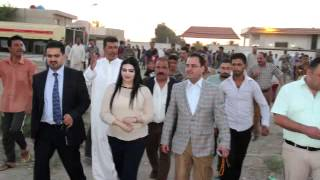 getlinkyoutube.com-زيارة الدكتورة صباح التميمي الى مخيمات النازحين في منطقة الغزالية