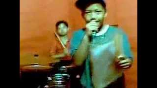 getlinkyoutube.com-Cinta di kota tua (Nicky Astria) by the Magic Boys Band