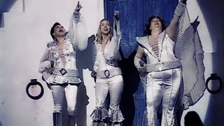 getlinkyoutube.com-Mamma Mia - Super Trouper - Brasil cast (English subtitles)