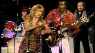 getlinkyoutube.com-Tina Turner & Chuck Berry - Rock n roll music