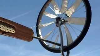 getlinkyoutube.com-2...Вітрячок Molinos de viento casero Home wind mills Ветряк своими руками