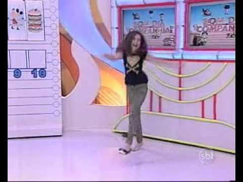 Bom Dia e Cia (23/08/13) - Maisa perde sapato ao vivo no programa Bom Dia e Cia