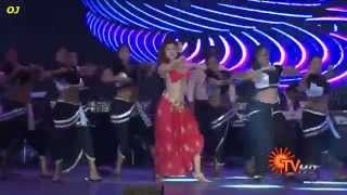 getlinkyoutube.com-OVIYA Sexy Boobs Bouncing Dance (Naan Kaaki Naattu) in SICA AWARDS