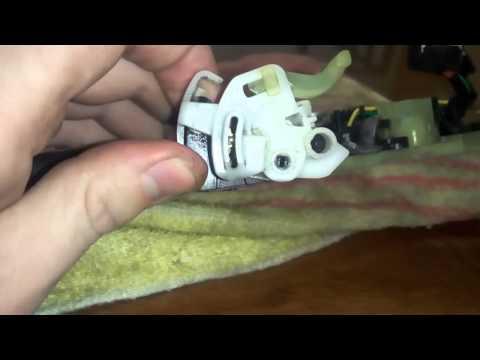 Peugeot 308 ремонт замка водительской двери