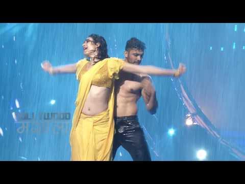 Hot Karishma Tanna Navel Show, Seductive Rain Dance
