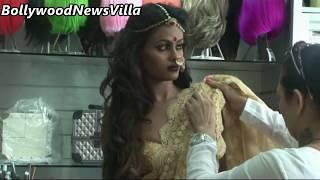 getlinkyoutube.com-Indian actress and super model's saree photoshoot video - BEHIND THE SCENES.