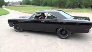 getlinkyoutube.com-Atlas Muscle Cars 1969 Roadrunner 440 six pack Dana disc