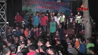 getlinkyoutube.com-TAWURAN PARAH DI PESTA PERNIKAHAN - ACARA BUBAR ( jangan di tiru ) 18+
