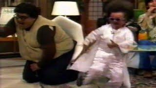 getlinkyoutube.com-Margarito de Elvis, se enoja y golpe bajo a Rafita cuando lo carga