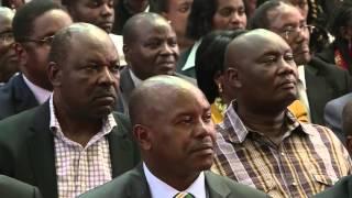 getlinkyoutube.com-A jovial President Uhuru Kenyatta shows his funny side