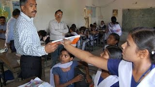 getlinkyoutube.com-first time in india ias officer teach govt school indore