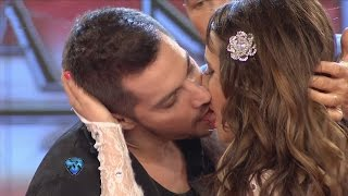 getlinkyoutube.com-Francisco y Charlotte se dieron tremendo beso frente a Barby Silenzi