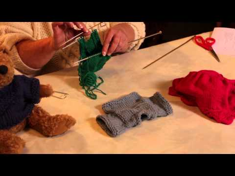 How to Knit a Sweater in a Round From the Bottom Up : Knitting Sweaters