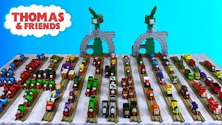 getlinkyoutube.com-Thomas and Friends Take N Play | Take Along Engines Toy Train Collection