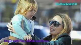 getlinkyoutube.com-NEWS: Angelina Jolie with Pax, Shiloh(new hair) and Knox 2012