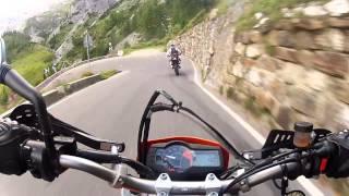 getlinkyoutube.com-KTM 690 SMC vs Yamaha 660 XTX vs KTM 690 SMC