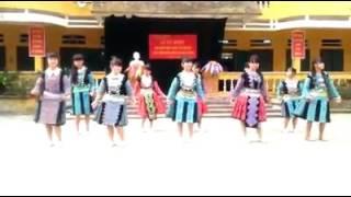 Học sinh Hang kia - Pà cò - Mai châu