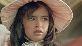 getlinkyoutube.com-Phoebe Cates - Paradise (Full song - 1982)