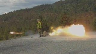 getlinkyoutube.com-Carl Gustav 84mm vs Tank (live exercise)