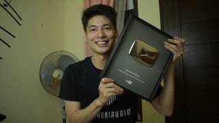UNBOXING SILVER PLAY BUTTON !