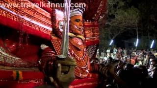 getlinkyoutube.com-Muchilottu Bhagavathi Theyyam (Travel Kannur Kerala Videos)