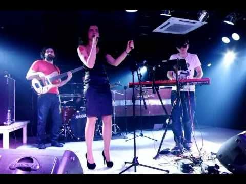 Acid Cool - Over Me (Live @ J. Walker, 09.04.2011)