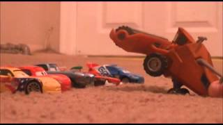 getlinkyoutube.com-Lighting Mcqueen Goes Tractor Tipping With Cars 2 Characters
