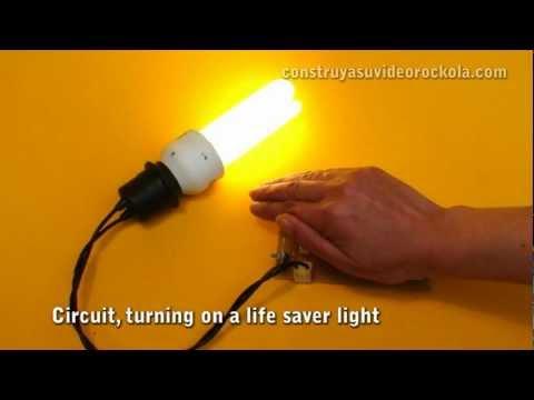automatic night light -FCiZvNEcqPg