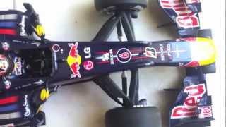 getlinkyoutube.com-RedBull RB6 - 1:18 Scale by Minichamps - Mark Webber