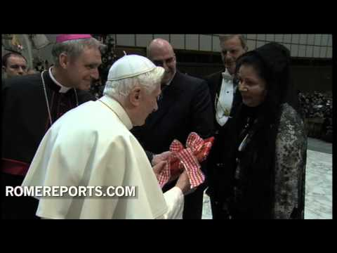Pope meets with Yugoslav prince after general audience