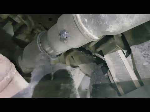 Лексус Lx570. Причина разрушения крестовины переднего кардана. Шприцовка... заметки.