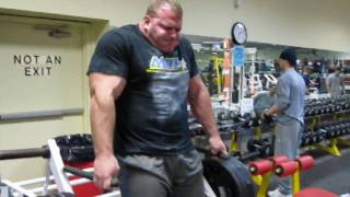 getlinkyoutube.com-Derek Poundstone Arnold Classic Training Teaser