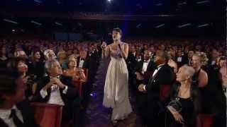 getlinkyoutube.com-Lea Michele Don't Rain On My Parade (The 64th Annual Tony Awards)