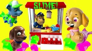 getlinkyoutube.com-Paw Patrol Merpups Play SLIME Claw Machine with Monster High Frankie   Stop Motion | Fizzy Toy Show