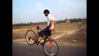 getlinkyoutube.com-Naman Khodiyar Official Stunt Video Of Shahdol Stunt Riderz group of shahdol m.p . . .