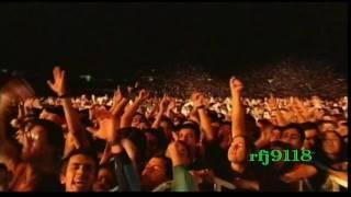 getlinkyoutube.com-Los Prisioneros - Corazones rojos - Estadio Nacional 2001