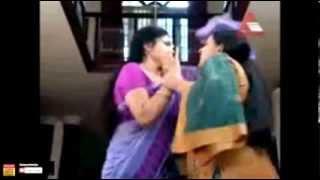 getlinkyoutube.com-▶ Asha Sarath first time clear navel show (rare)