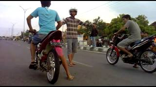 getlinkyoutube.com-amatir satria FU 150cc (welly & aji)