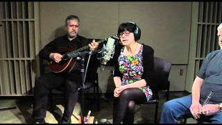 "getlinkyoutube.com-Dervish plays ""Welcome Poor Paddy Home"" with Cathy Jordan providing the vocals."