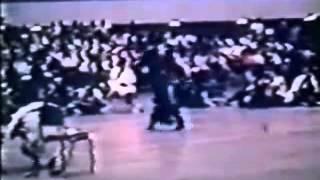 getlinkyoutube.com-Bruce Lee vs Victor Moore (Sparring Demo, 1967 Int. Karate Tournament)