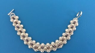 getlinkyoutube.com-PULSERA CON PERLAS  Y CHAQUIRA