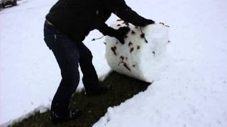 getlinkyoutube.com-Snow shoveling West Virginia style. Life hack!