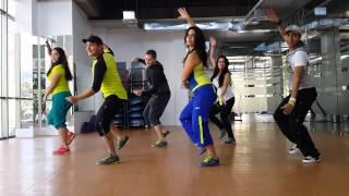 getlinkyoutube.com-Zumba Darte un Beso (Prince Royce) by Honduras Dance Crew