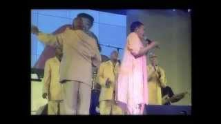 getlinkyoutube.com-Rebecca Malope Live in Soweto [Concert]