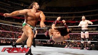 getlinkyoutube.com-Dolph Ziggler, Cesaro & Neville  vs. Rusev, Sheamus & King Barrett: Raw, October 19, 2015