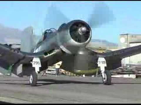 F4u Corsair whistling Death Flight Demonstration !